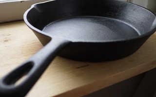 Из какого чугуна делают сковородки