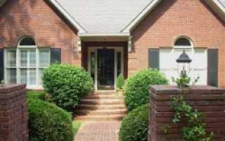 Как оформить вход в загородный дом